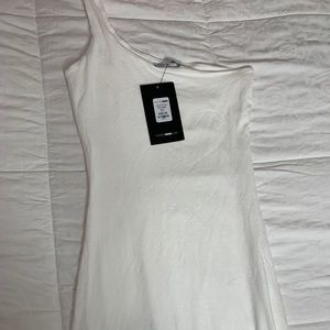 One shoulder fitted white dress